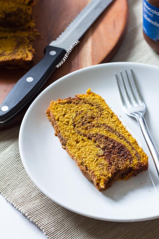 Pumpkin Chocolate Swirl Loaf Cake