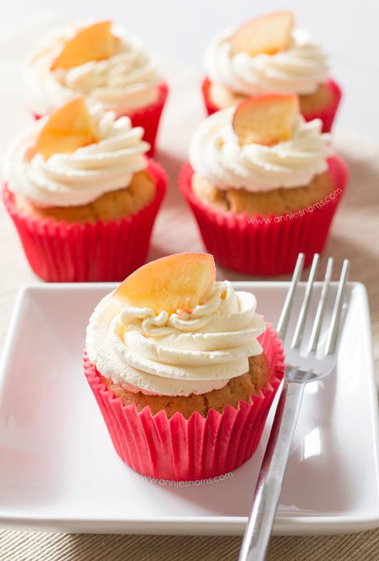 Peaches and Cream Cupcakes | Annie's Noms