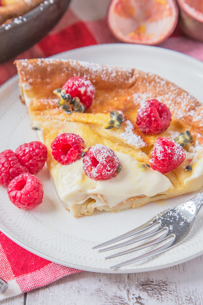 My easy and scrumptious Raspberry and Passion Fruit Dutch Baby is the perfect family breakfast recipe to make this Spring!