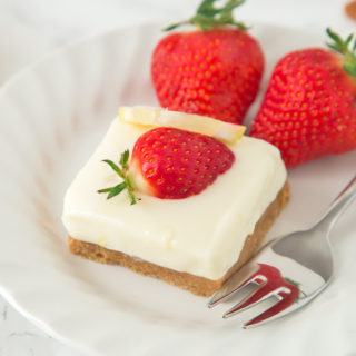 Lemon and Ginger Cheesecake Bars