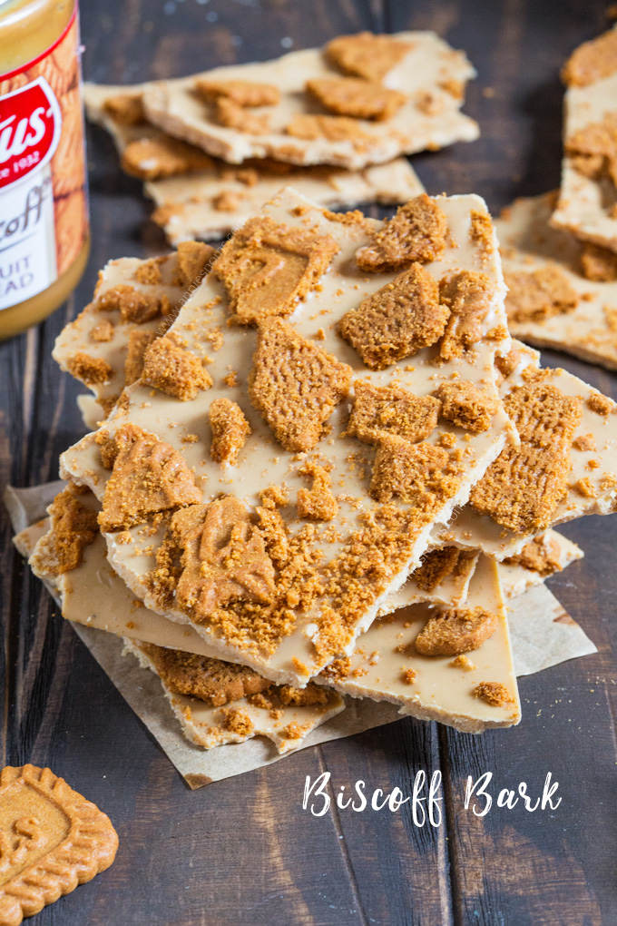 This three ingredient Biscoff Bark is absolutely addictive and ridiculously easy to make. White chocolate, Biscoff and Lotus biscuits are all you need to create this bark!