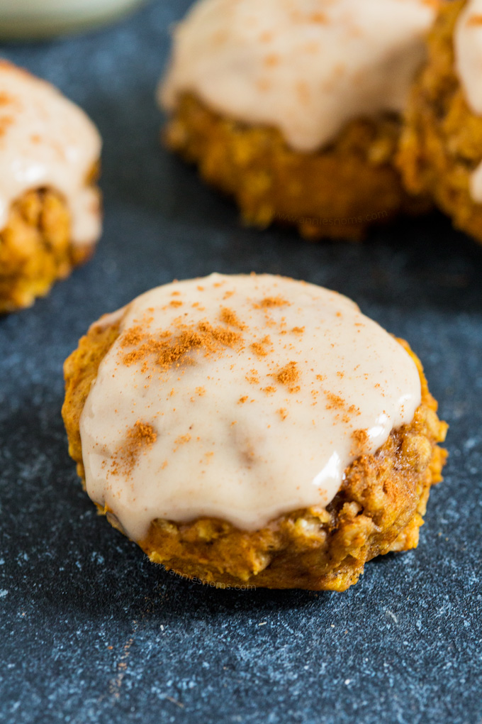 These thick and chewy Pumpkin Maple Oatmeal Cookies are delicious with or without their maple glaze; perfect for breakfast or a snack, these are perfect for those on the go mornings!
