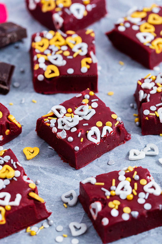 This Red Velvet Fudge requires no thermometer to make and is a fun and delicious treat to make your loved ones for Valentine's Day!