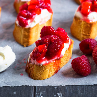 This Berry Bruschetta takes minutes to make, yet creates bite size pieces of heaven. Crisp bread, sweet cream and juicy berries are all that's required to make this nibble!
