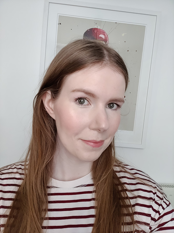Shiseido Synchro Skin Self Refreshing Foundation Review and Wear Test {with video!} | Annie's Noms
