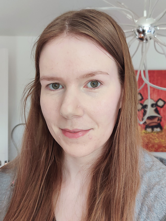 Giorgio Armani Luminous Silk Concealer Review | Annie's Noms