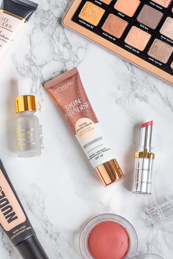 It's time to share my August/September Beauty Favourites! I was busy moving house over Summer, so didn't share my favourites back then. But these are the products I've been loving recently! #beautyfavourites #beautyfavorites #monthlyfavourites #beauty #makeup #beautyblogger #ukbeautyblog